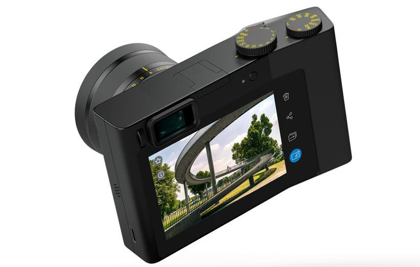 زایس یک دوربین فول فریم با لایت روم معرفی کرد!