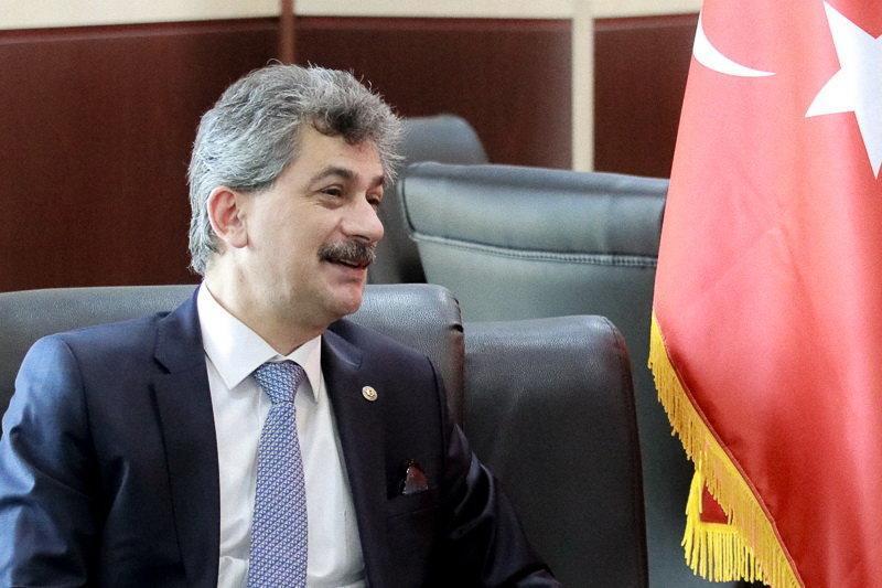 سفیر ترکیه: با برطرف موانع تجار ما دوان دوان به ایران می آیند