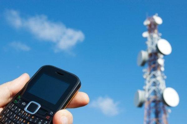 برنامه ویژه وزارت ارتباطات برای 500 روستای محروم از پوشش تلفن همراه