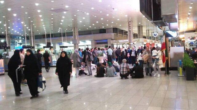 اعتراض مسافران پرواز بیروت-تهران فرودگاه امام به تاخیر ایران ایر