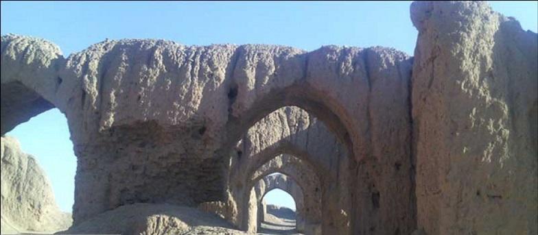 تملک قلعه خرابه شهر نه حصار گرمسار