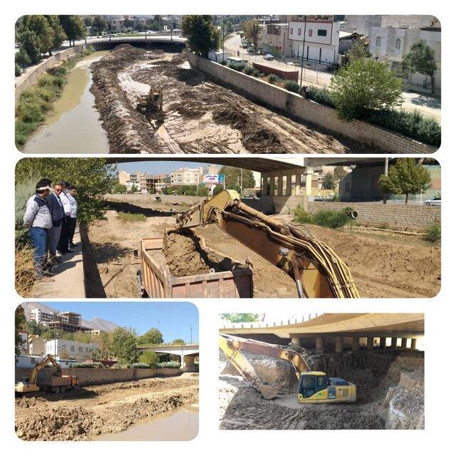 خاکبرداری 5454 مترمکعب پروژه پل شهدای حاج عمران