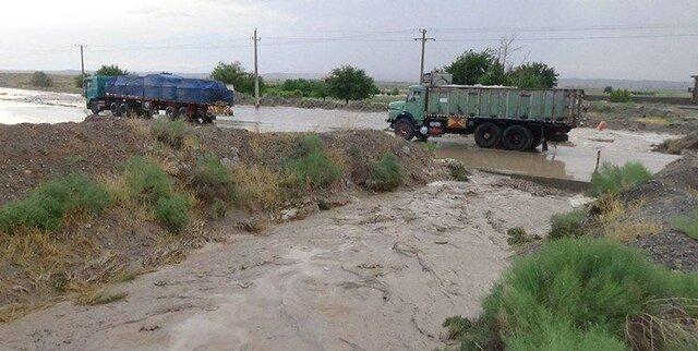 آبگرفتگی در برخی نقاط فارس، تداوم بارش&zwnjها تا عصر 17 آذر