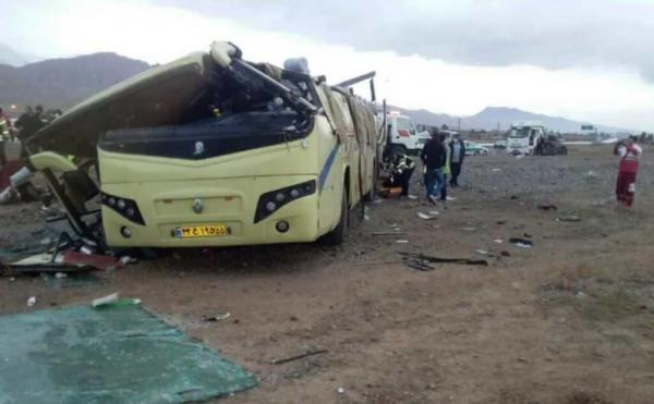 خبرنگاران رفتار رانندگان عامل سه تصادف اتوبوس در جاده های سمنان ظرف یک هفته