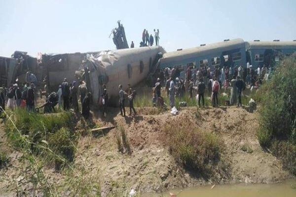برخورد 2 قطار مسافربری با یکدیگر در مصر، 32 کشته و 108 زخمی
