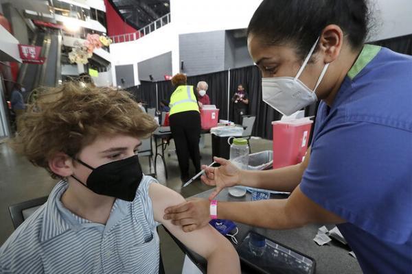 30 دانشگاه آمریکایی: اگر دانشجویان واکسن نزنند، اجازه بازگشت به کلاس ها را ندارند