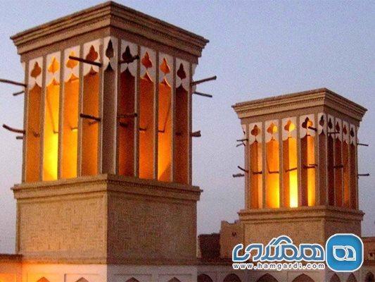 بازسازی منزل: خرده گرفتن بعضی از معماران به بادگیرهای پر نقش و نگاری که در بازسازی ها در یزد شکل گرفته اند