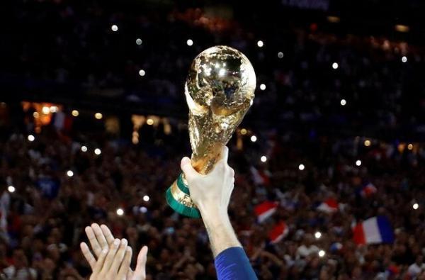 انتقاد رییس اتحادیه جهانی بازیکنان فوتبال از فیفا